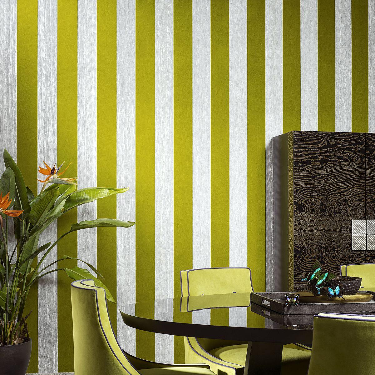 hochwertige tapeten und stoffe tapete mit plisseestoff und velours amazone 2 23563 decowunder. Black Bedroom Furniture Sets. Home Design Ideas